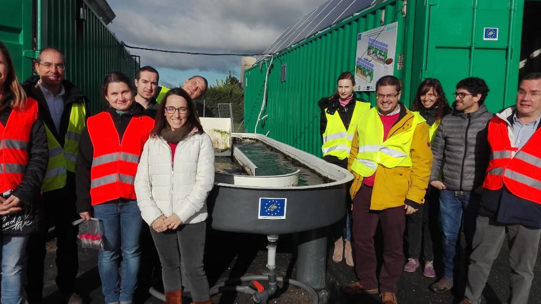 ALGAECAN creates a sewage treatment system