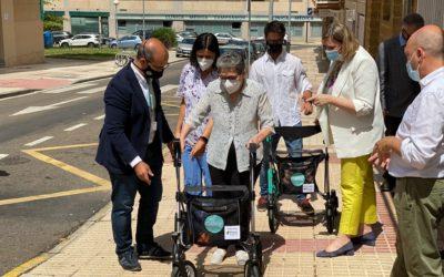 La Consejera de Familia e Igualdad de Oportunidades asiste a la presentación del andador inteligente ANDIN, diseñado por CARTIF, para personas con movilidad reducida
